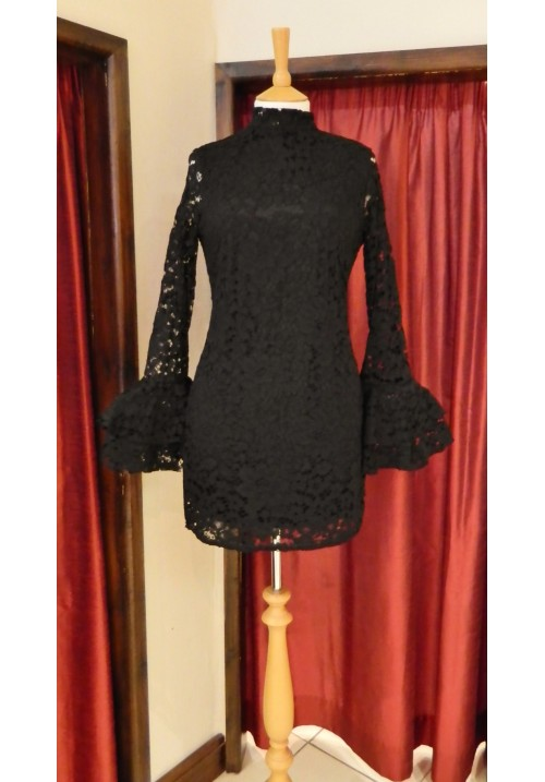 BLACK LACE FRILL SLEEVED MINI DRESS